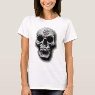 Camiseta Design mau satânico do crânio