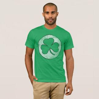 Camiseta Dia de São Patrício irlandês retro do trevo