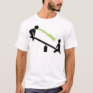 Camiseta Dia mau no campo de jogos