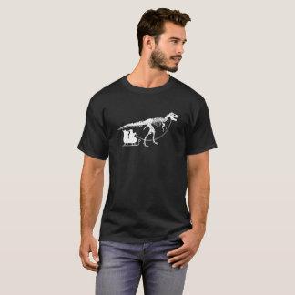 Camiseta Dinossauro que puxa o Natal do t-shirt do trenó do