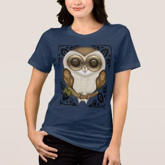 Camiseta Discussão o T decorativo da coruja de celeiro