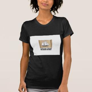 Camiseta divertimento separado dos oceanos