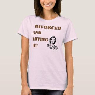 Camiseta Divorciado amando o