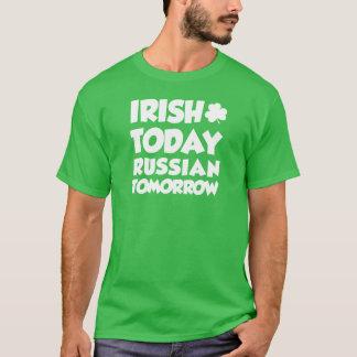 Camiseta Do irlandês russo hoje amanhã (na OBSCURIDADE)