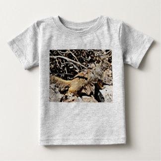 Camiseta do jérsei da multa do bebê do esquilo de