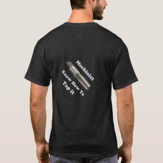 Camiseta do logotipo do operador dos homens