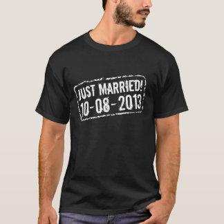 Camiseta do recem casados com selo de data do
