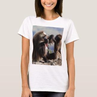 Camiseta Dois babuínos do gelada (gelada de Theropithecus)