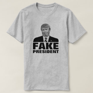 "Camiseta Donald Trump ""PRESIDENTE FALSIFICADO"" para cores"