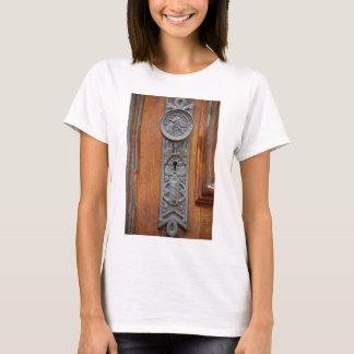 Camiseta Doorknob e buraco da fechadura do Victorian