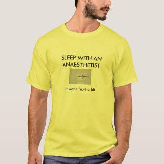 Camiseta DORME COM UM ANAESTHETIST… seu um gás