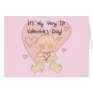 Camiseta dos namorados dos corações cor-de-rosa da cartão