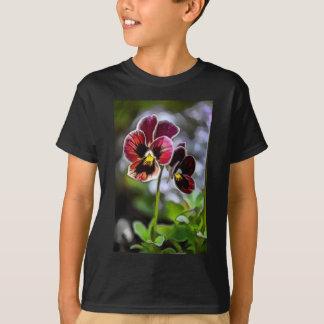 Camiseta Duo da flor do amor perfeito do Bordéus