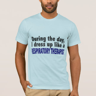 Camiseta Durante o dia eu visto acima o terapeuta