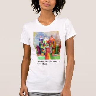 Camiseta e crafted feliz sempre em seguida.  Fotografia