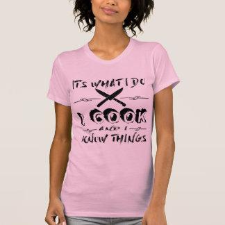 Camiseta É o que eu faço mim cozinho e eu sei coisas
