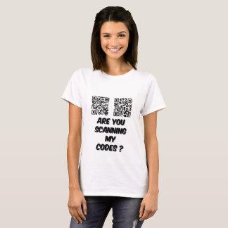 Camiseta É você que faz a varredura do t-shirt das minhas