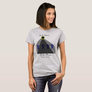 """Camiseta Eclipse """"à sombra da lua """""""