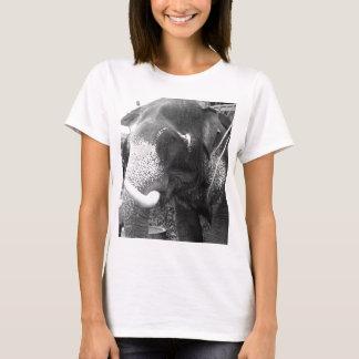 Camiseta Elefante preto e branco