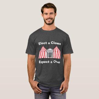 Camiseta Eleja um palhaço, espere um t-shirt do circo
