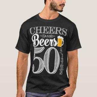 Camiseta Elogios e cervejas aos 50 anos o t-shirt de homens