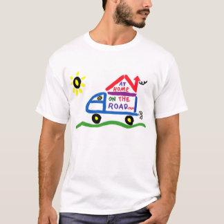 Camiseta Em casa na estrada