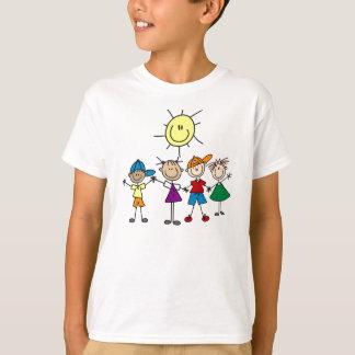 Camiseta Em conjunto a vara figura o t-shirt