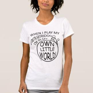 Camiseta Em meu próprio mundo pequeno Didgeridoo