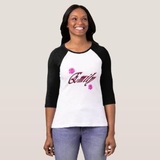 Camiseta Emily, nome, logotipo,