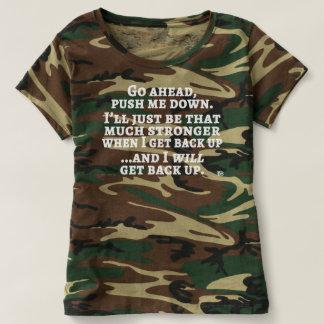 Camiseta Empurre-me abaixo do T do camo das mulheres