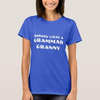 """Camiseta Engraçado """"ninguém gosta de uma avó da gramática """""""