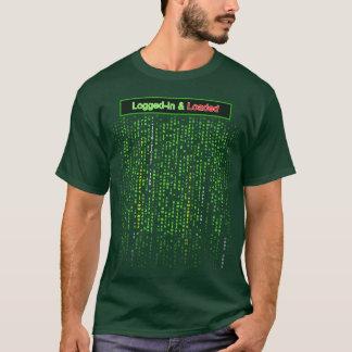Camiseta Entrado e carregado - T da cor escura