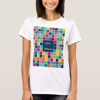 Camiseta Equal - Different