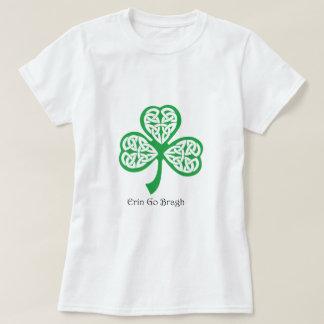 Camiseta Erin vai trevo de Bragh com knotwork celta