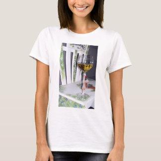 Camiseta Esmague um copo do vinho