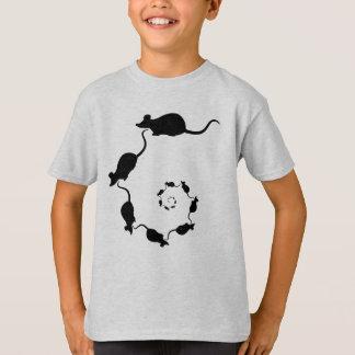 Camiseta Espiral bonito do rato. Ratos pretos no creme