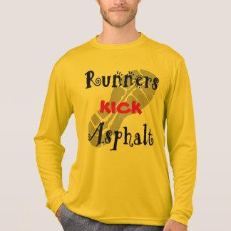 Camiseta Esporte-Tek LS do asfalto do pontapé dos