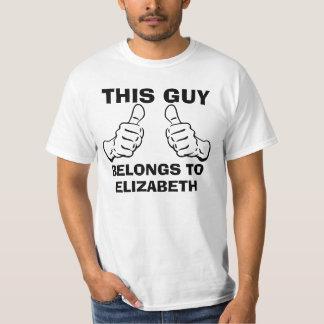 Camiseta Esta cara pertence para dar entrada com o nome