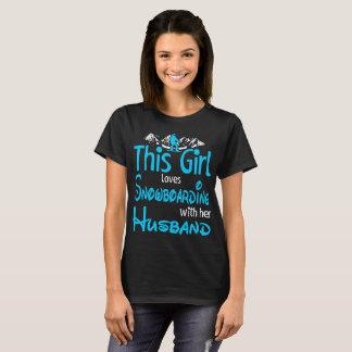 Camiseta Esta menina ama a snowboarding com marido fora