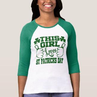Camiseta Esta menina ama o Dia de São Patrício