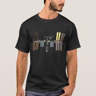 Camiseta Estação espacial internacional mascarada