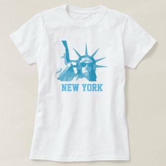 Camiseta Estátua da liberdade que veste óculos de sol
