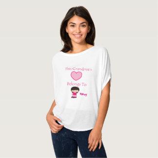 Camiseta Este coração das avós pertence ao nome