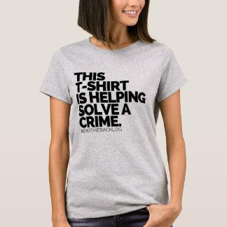 Camiseta Este t-shirt está ajudando resolve um crime