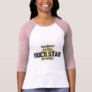 Camiseta Estrela do rock do baby-sitter em a noite