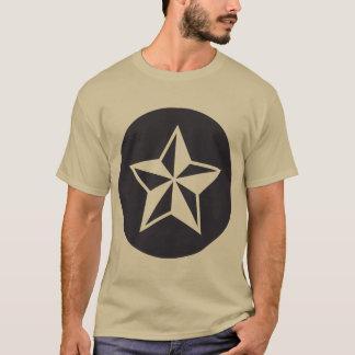 Camiseta Estrela NOVA #453:  O t-shirt escuro básico dos