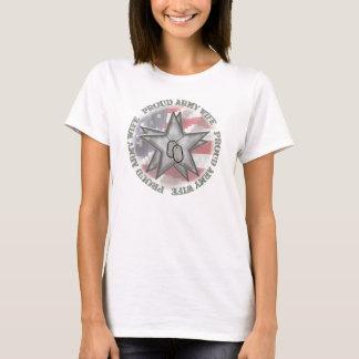 Camiseta Estrelas orgulhosas da esposa do exército
