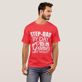 Camiseta Etapa-pai pelo gamer do dia em a noite