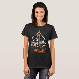 Camiseta Eu acampo para consumir o t-shirt louco