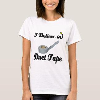 Camiseta eu acredito na fita adesiva